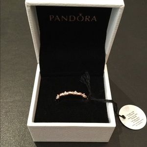 Pandora-Flower Petals Band Ring Size 7
